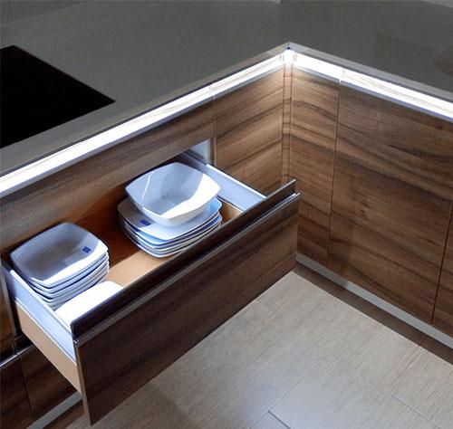led-light-kitchen-profile